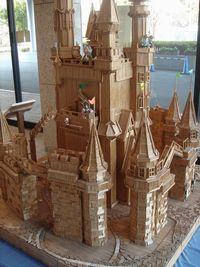 箸でできた城